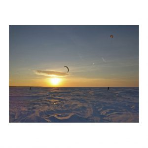 Snowkiting-Lake-Erie-doug-sam-edek